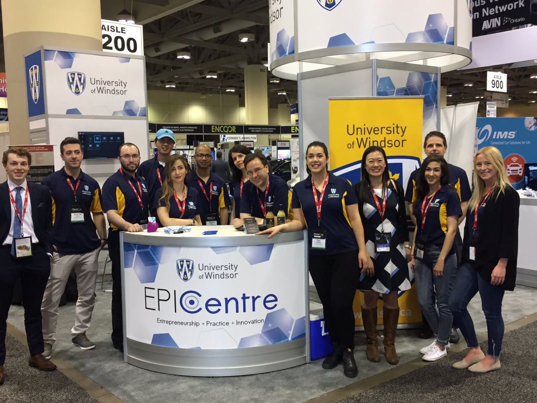 University of Windsor - group picture at OCE Discovery 2018
