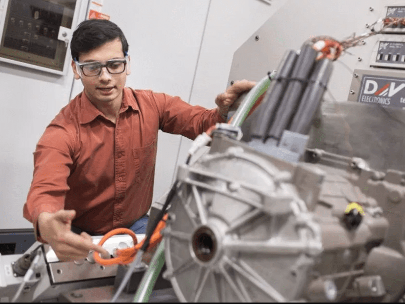 U of W engineers host 'open house for industry' filled with new ideas